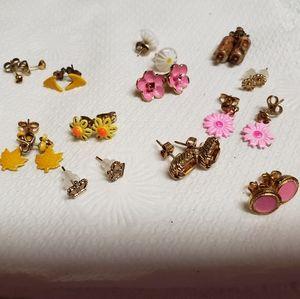 Cutesie Earring Bundle w case